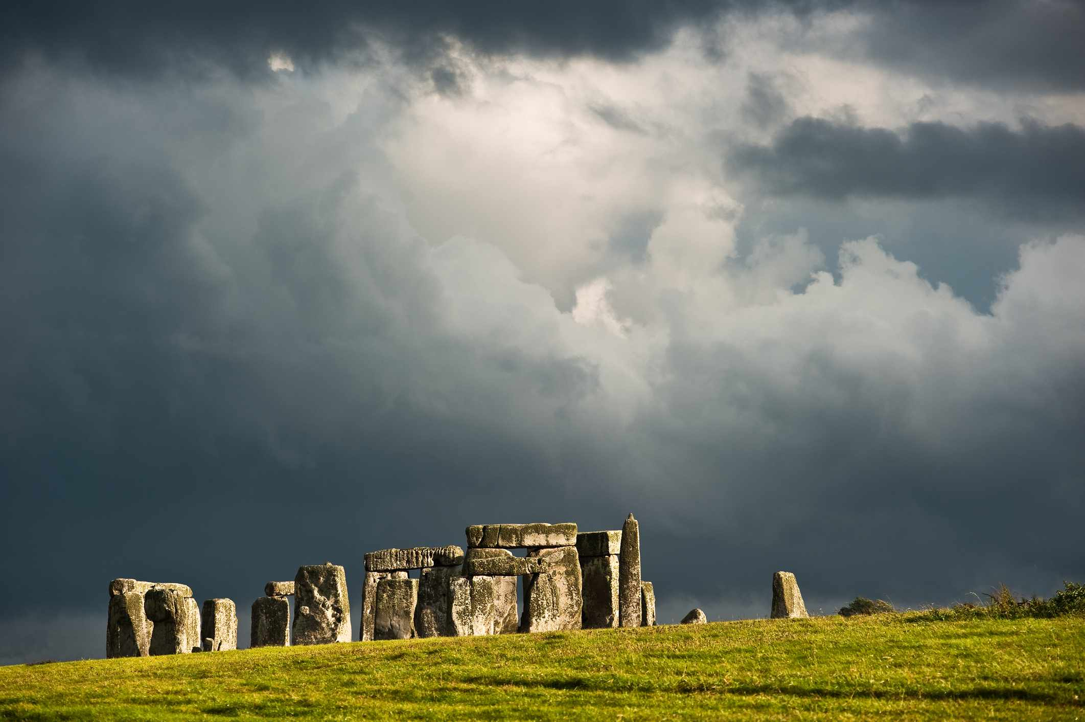 stonehenge private tours from london
